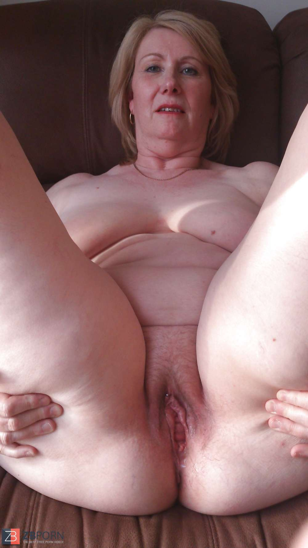 Redhead nude thumbnails breasts softcore