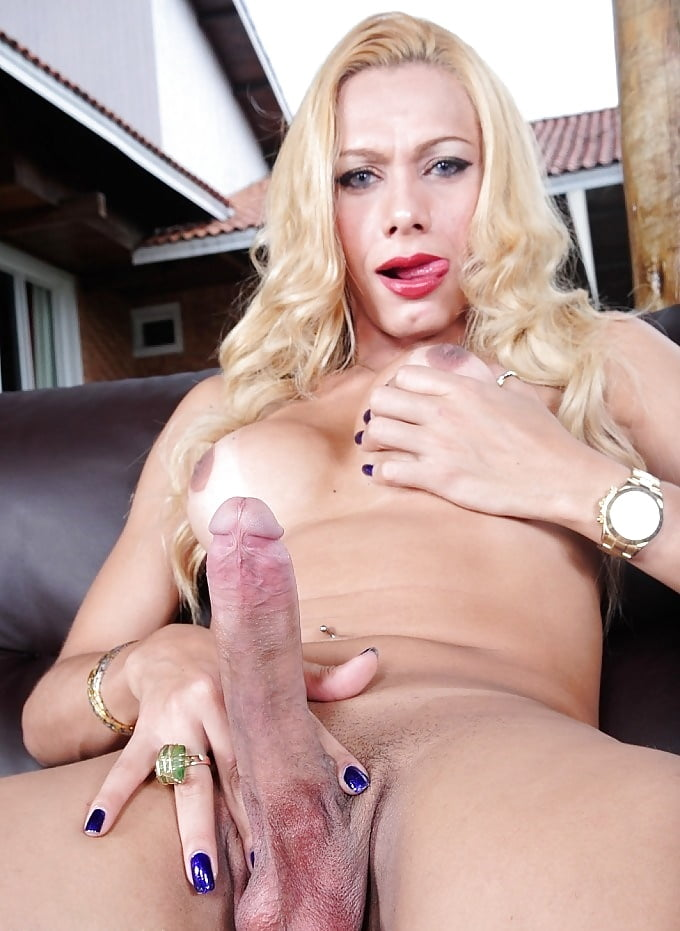 The black anal queen in porn