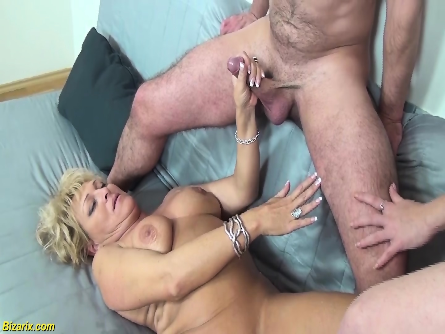 Boy finger hole cock cage